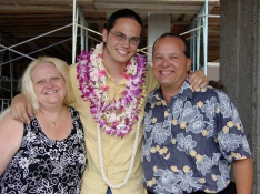 0603FAM_LeavingHawaii2
